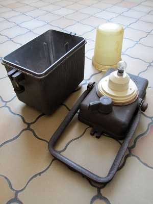 lampe cheminot wonder tifon la chapelle de brain 35. Black Bedroom Furniture Sets. Home Design Ideas